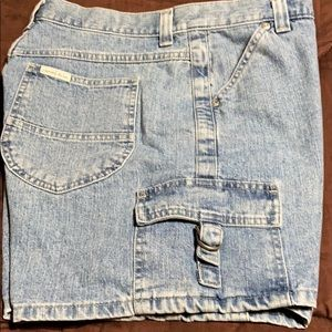 Women's Denim Shorts. GUC